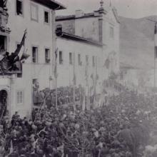 Un comizio pro Direttissima davanti al Casone di San Quirico, 1903