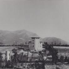 Montepiano. Veduta panoramica di Montepiano con il villino montanino Bono, fine '800