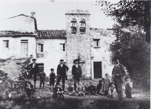 La vecchia chiesa di Migliana, inizio Novecento